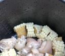 玉米炖猪脚,你们爱吃吗?