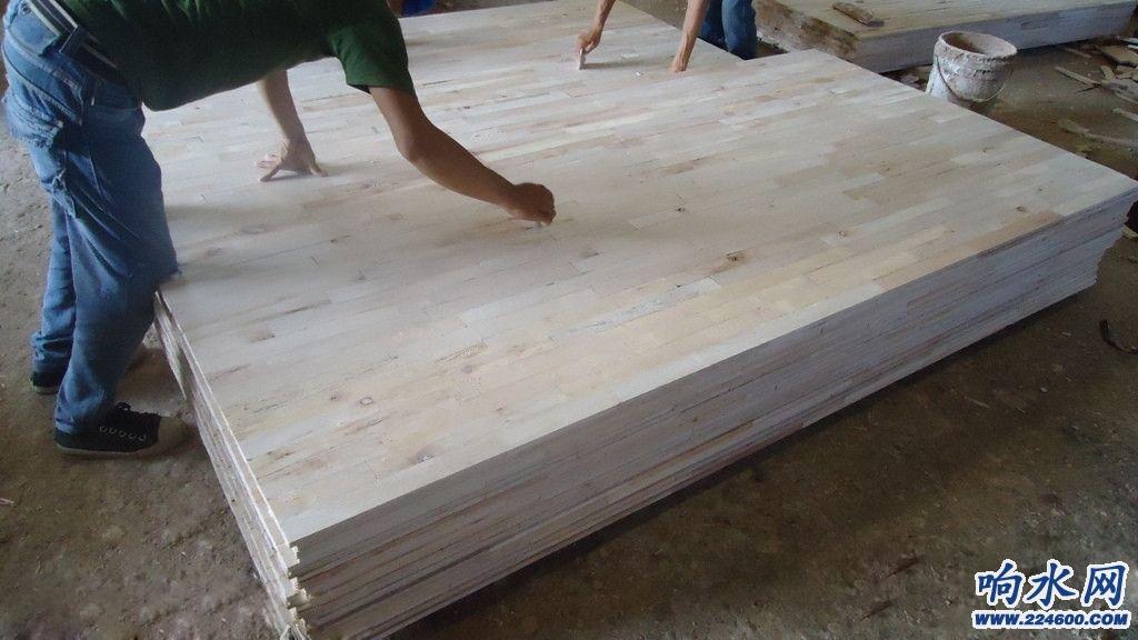 教你选购大芯板,家居装修板材少不了大芯板