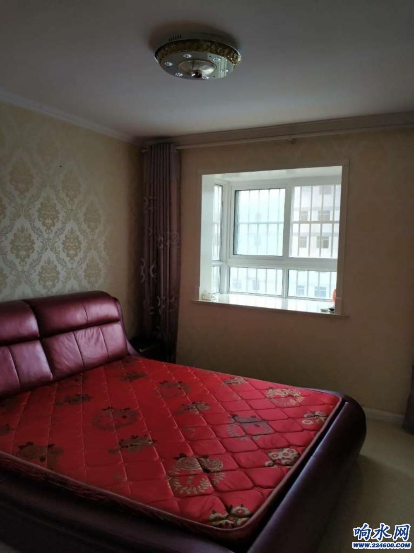 出租金海湾2室2厅精装修18500/年